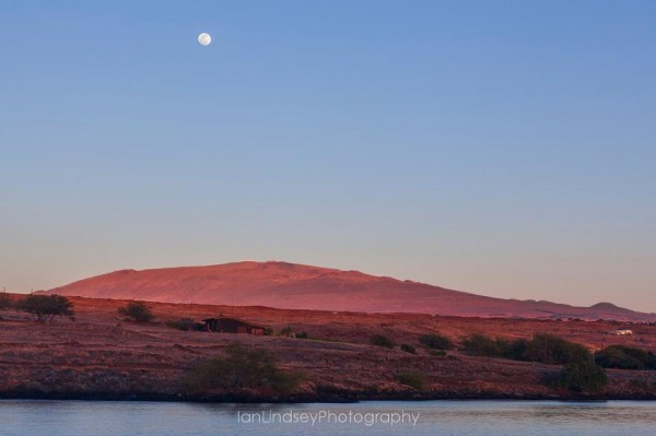 Full Moon Over Mauna Kea at Sunset, Photo Provided by Ian Lindsey Photography