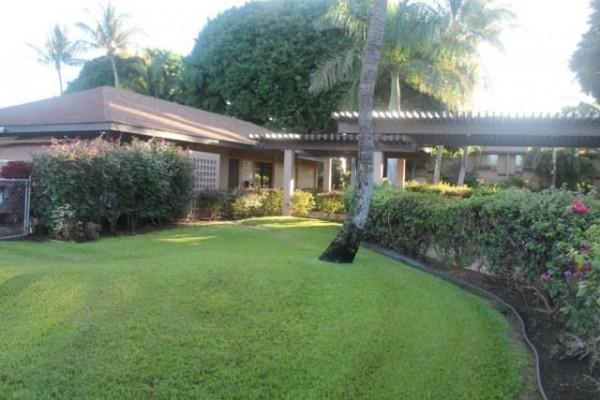 Haleakala Gardens 6H clubhouse