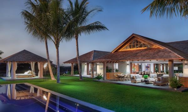 Contemporary design across the big island of hawaii for Island home designs hawaii