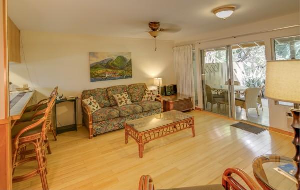 Puamana 129-2 Living Room