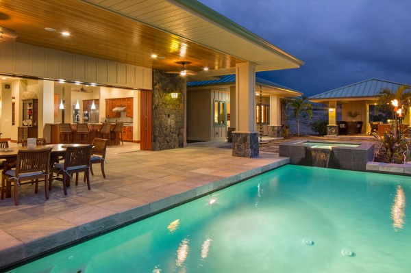 Hokulia150Contemporary Outdoor Living Spaces in Hawaii   Carrie Nicholson. Pacific Outdoor Living Hawaii. Home Design Ideas