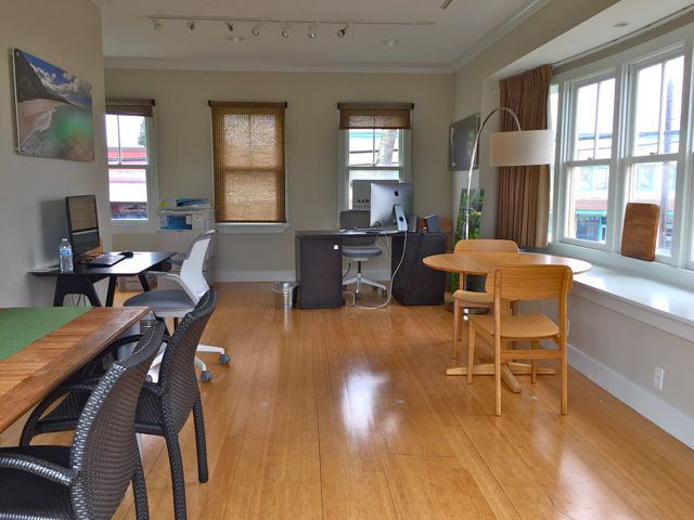 Paia maui 39 s north shore office is remodeled ready to for Hawaii life real estate brokers